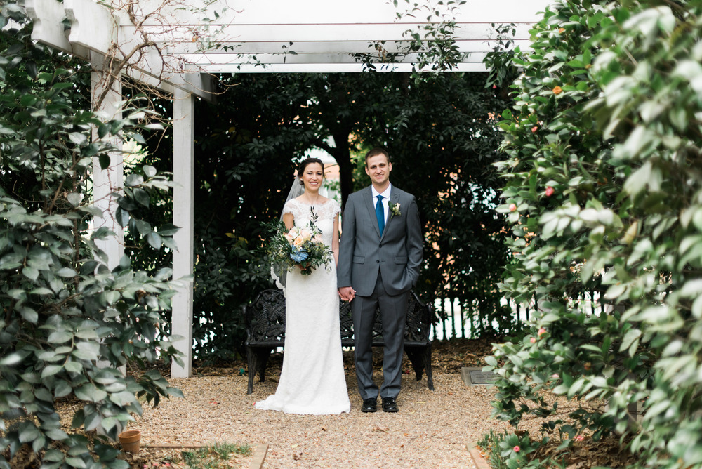founder's garden uga athens wedding photographer