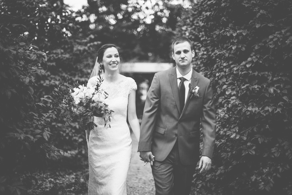 uga founder's garden bride and groom athens wedding photographer