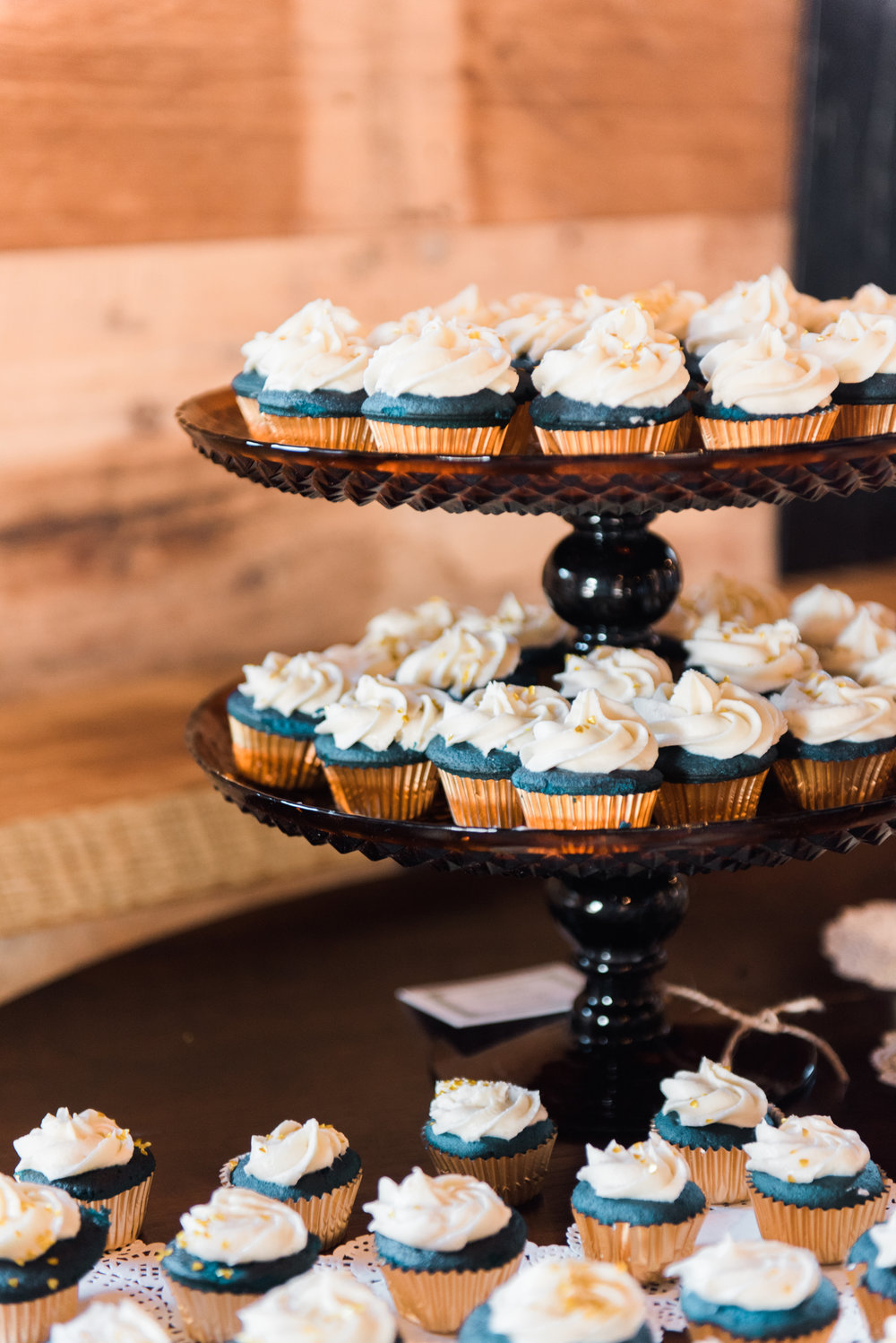big fake wedding atlanta liquor infused confections cupcakes