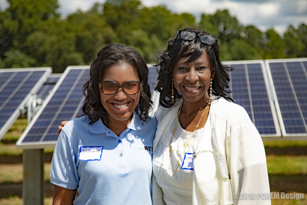 DeAndrea and Loretta Slater at the ribbon-cutting to dedicate the Solar Facility to her daughter.