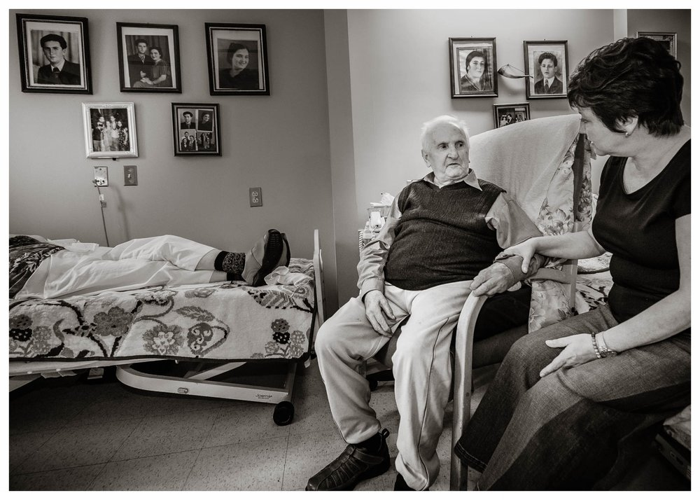 Chaplain and Residents   Hebrew Senior Life, Boston 2017