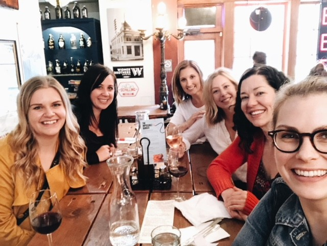Happy Friday! Any excuse for a gals lunch day at RDG! 🙌💃