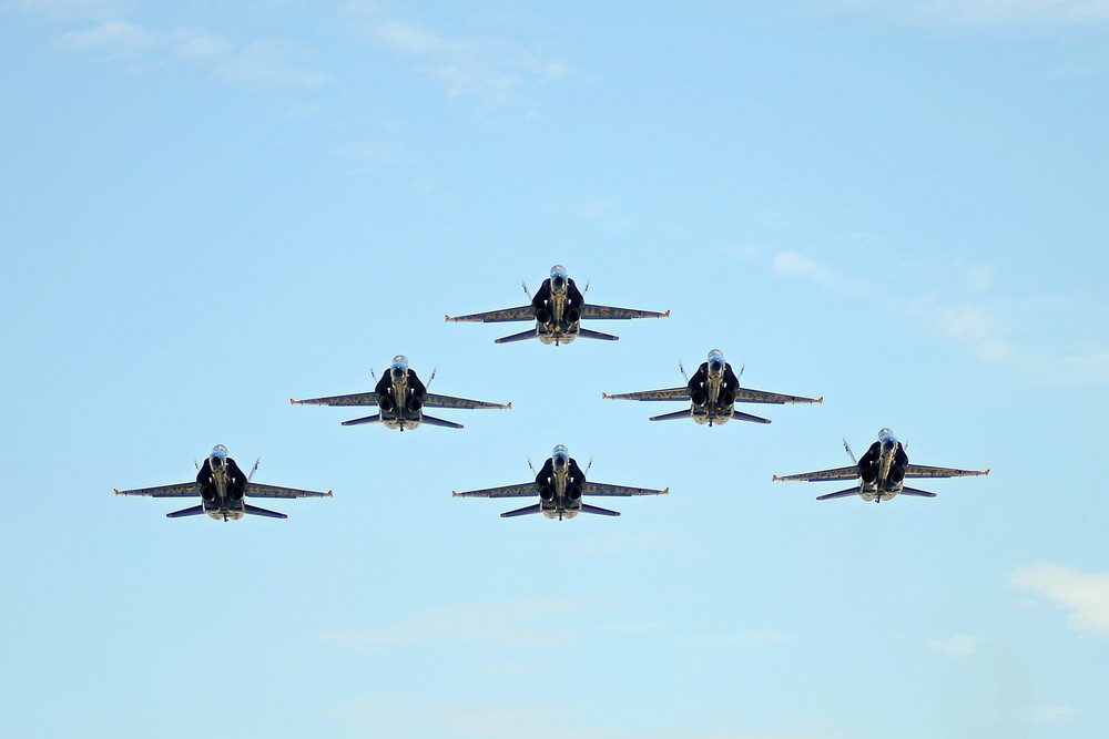 airplanes.jpg