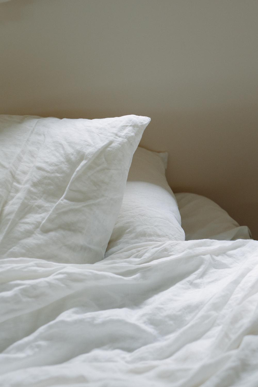 bed scene