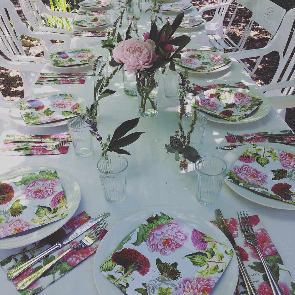 Peony Themed Table
