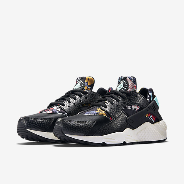 womens aloha print huarache run