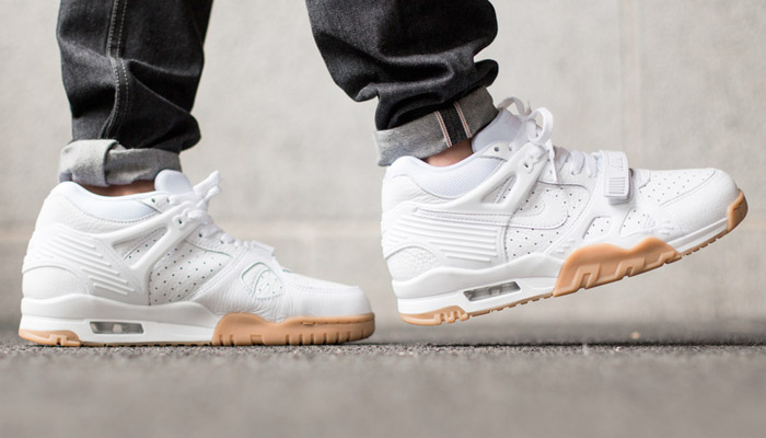 white gum air trainer 3 on feet