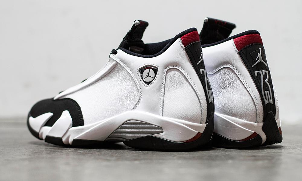 Black Toe Jordan 14