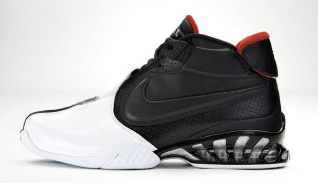 Nike Air Zoom Vick II Available On Sale UNDER Retail!