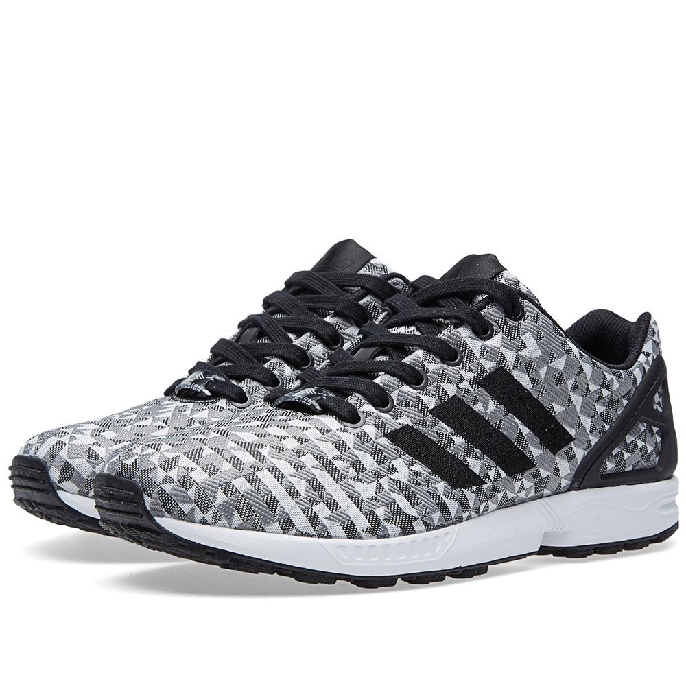06-04-2015_adidas_zxfluxweave_whiteblacksolidgrey_1_dl.jpg