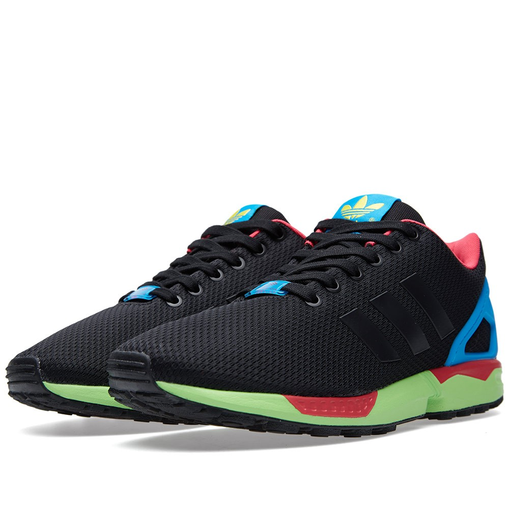 19-02-2015_adidas_zxflux_coreblacksolargreen_1_am.jpg