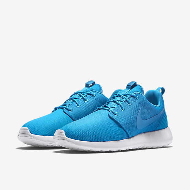 Nike-Roshe-Run-Mens-Shoe-511881_447_E_PREM.jpg