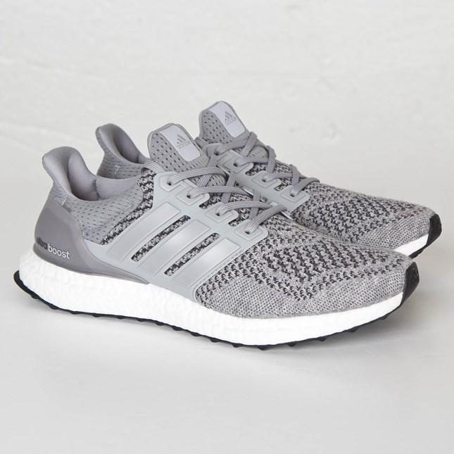 Article number: S77510 Grey/Silver Metallic/Solar Red