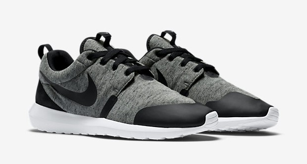 grey tech fleece Roshe Run