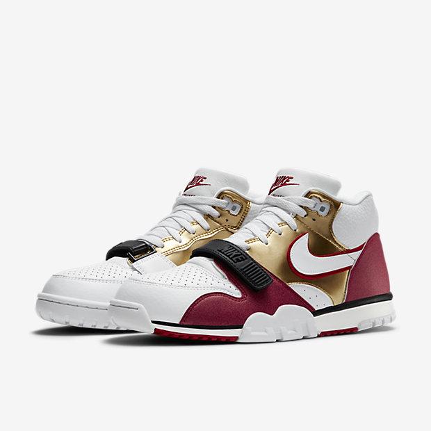 Nike-Air-Trainer-1-Mid-Premium-Mens-Shoe-607081_101_E_PREM.jpg