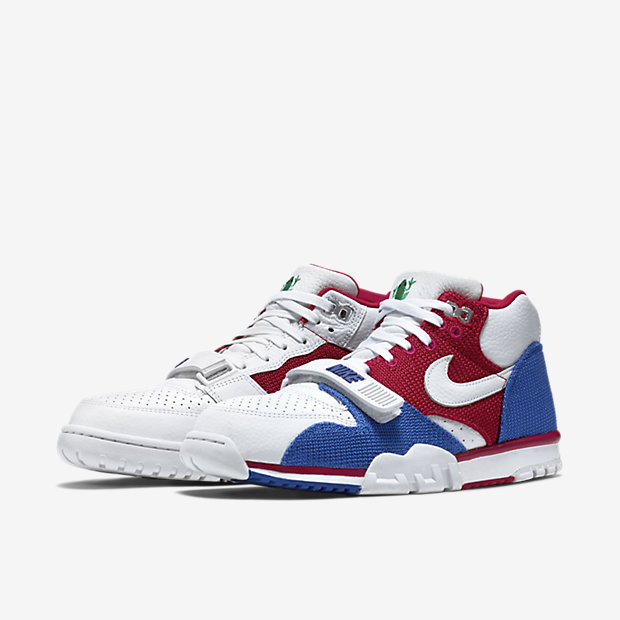 Nike-Air-Trainer-1-Mid-Premium-Mens-Shoe-607081_102_E_PREM.jpg