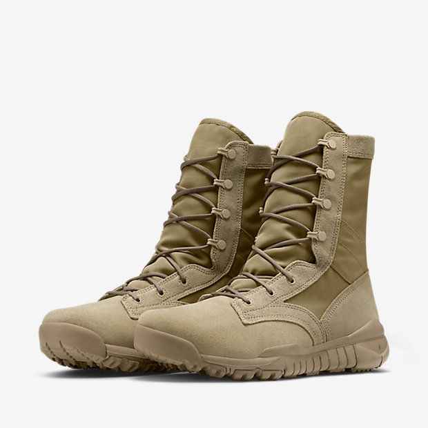 NIKE-SFB-LEATHER-688973_200_E_PREM.jpg