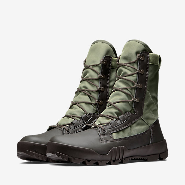 Nike-SFB-Jungle-Mens-Boot-631372_222_E_PREM.jpg