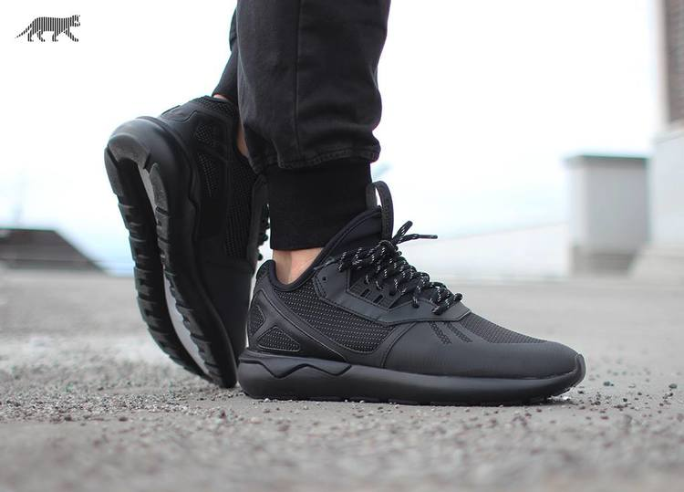 Adidas Tubular Triple Black Online