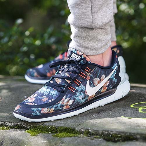 1-buty-nike-nike-free-50-photosynthesis-pack-724516-401.jpg