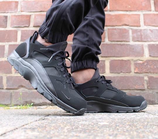 triple black air trainer huarache on foot