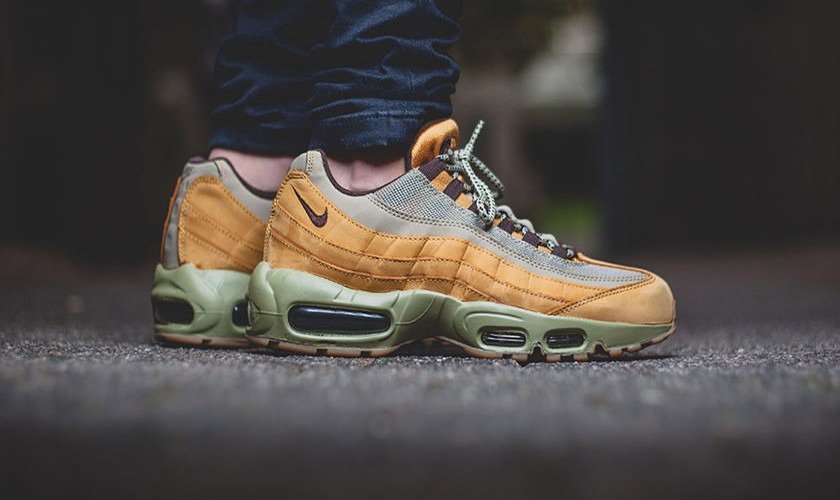 Air Max 95 Wheat On Feet