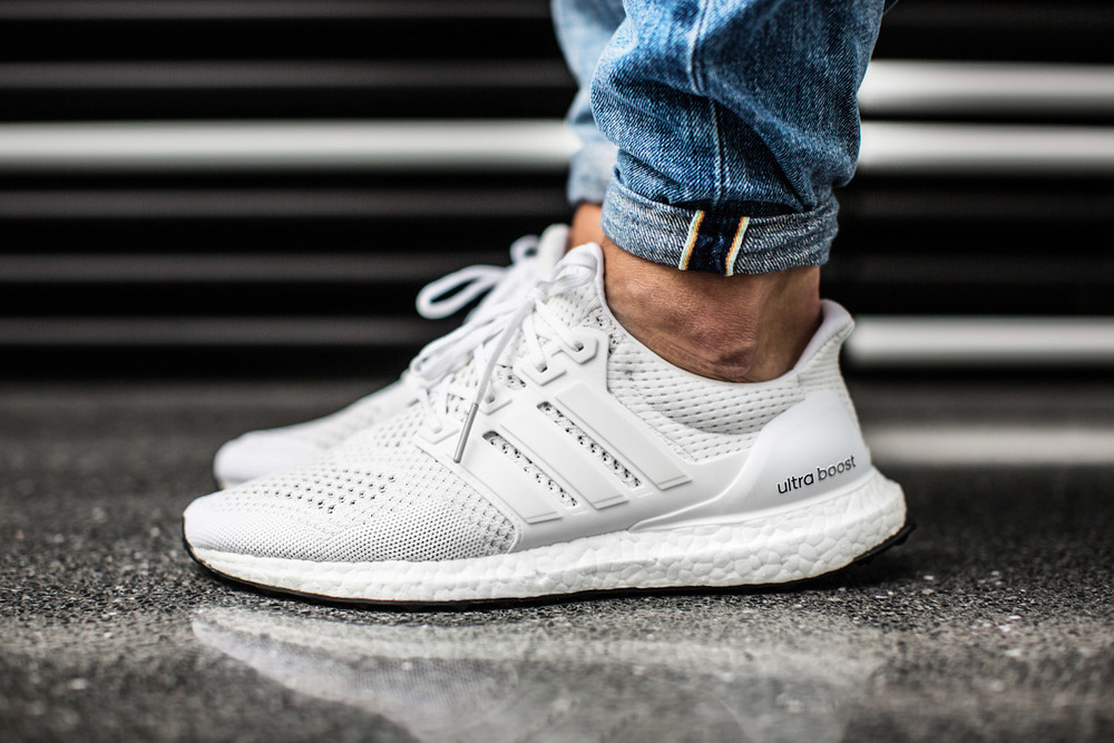 adidas-Ultra-BOOST-All-White-3.jpg