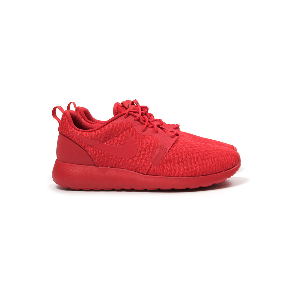 nike-roshe-one-hyp_universityred_1.jpeg