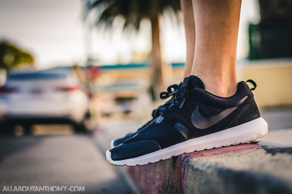 a8cbca8e_Nike-Roshe-Tech-Fleece-Black.jpeg