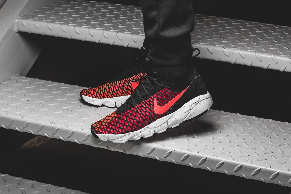 nike-air-footscape-magista-flyknit-black-red-816560-002-mood-1.jpg