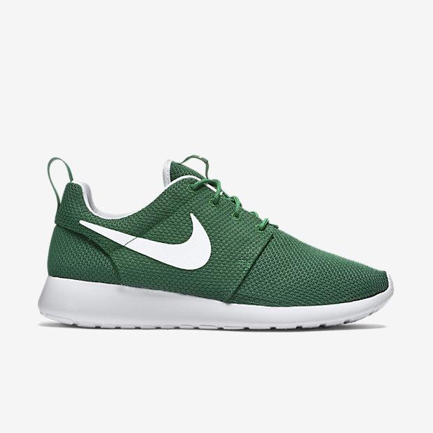 "Nike Roshe Run on sale for $33 with code ""FALL25"" http://goo.gl/qOlXVy"