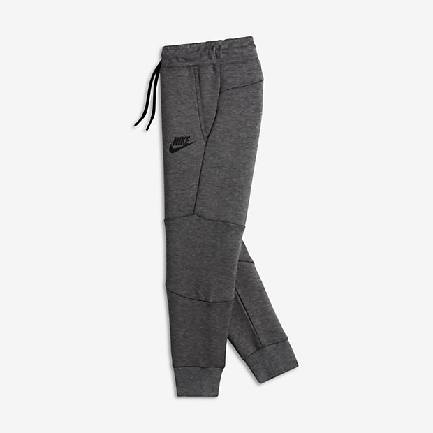 "Extra 25% off clearance Nike Tech Fleece with code ""FALL25"" http://goo.gl/XmMWQJ"