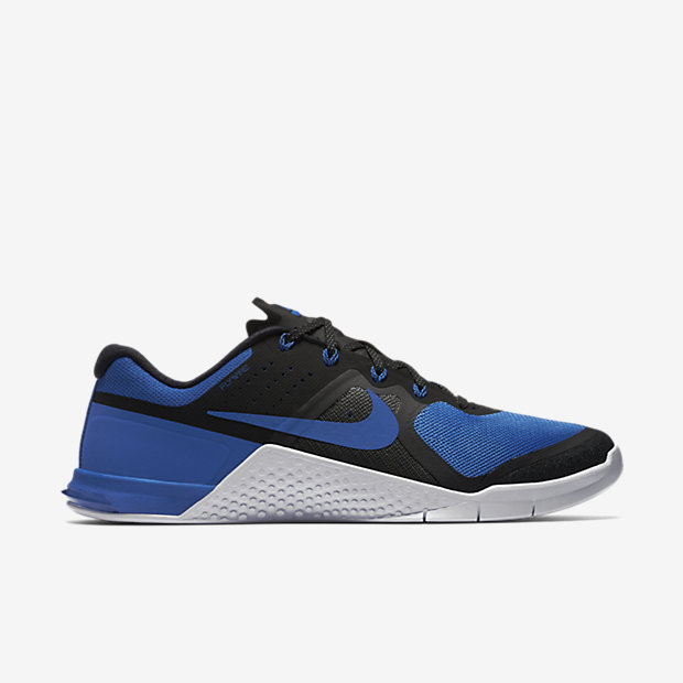 """The Nike Metcon 2 """"Royal"""" is on sale for $104.97 -> https://goo.gl/9fZWCY"""