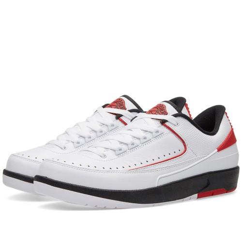 "Nike Air Jordan 2 Retro Low ""Chicago"" is on sale for $105 -> https://goo.gl/qBykKZ"