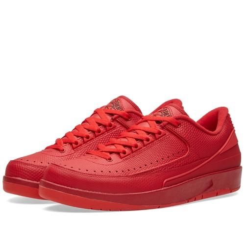 "Nike Air Jordan 2 Retro ""Gym Red"" is on sale for $105 -> https://goo.gl/09MjhE"