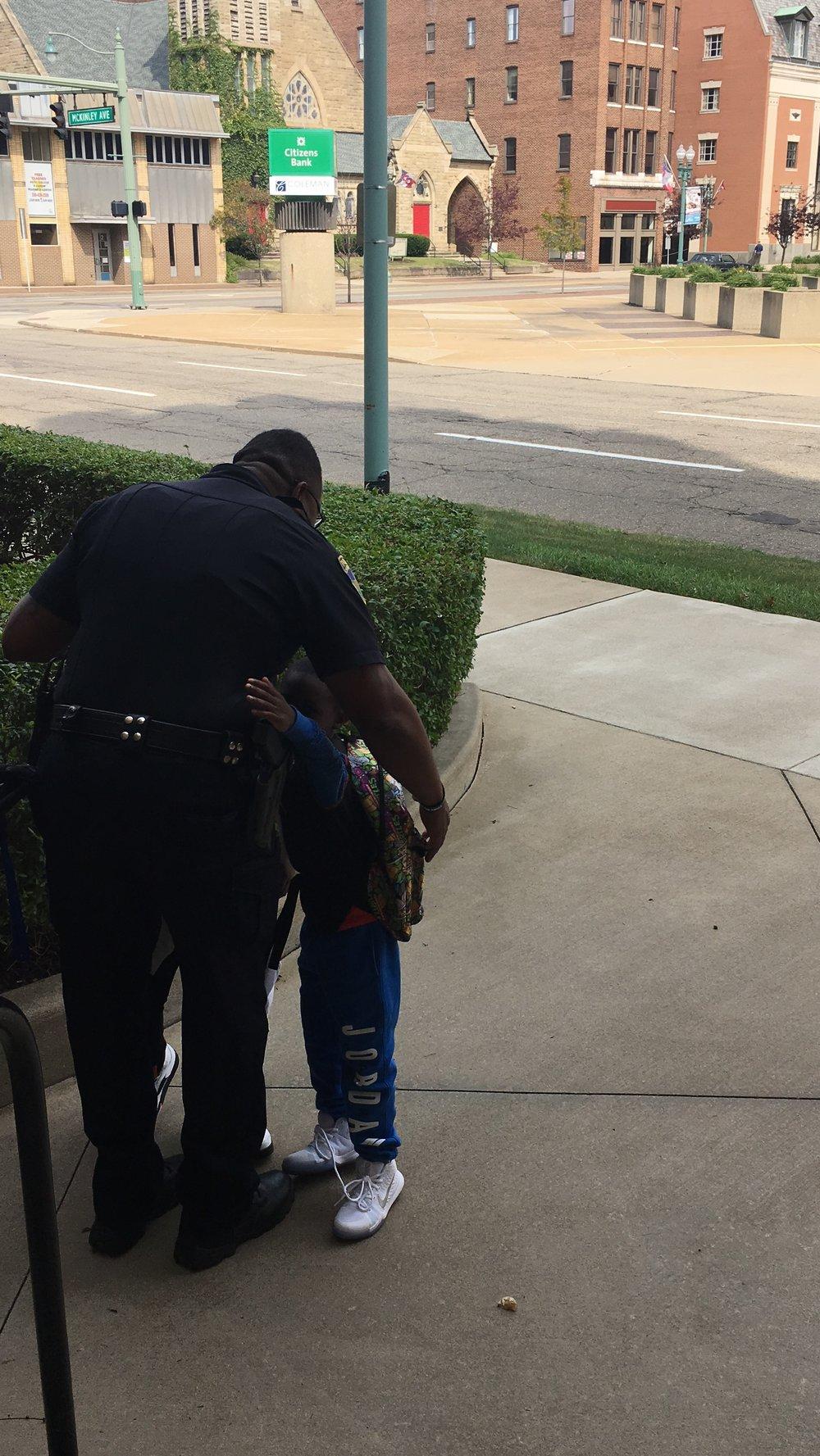 Officer Sharpe Welcoming Kids
