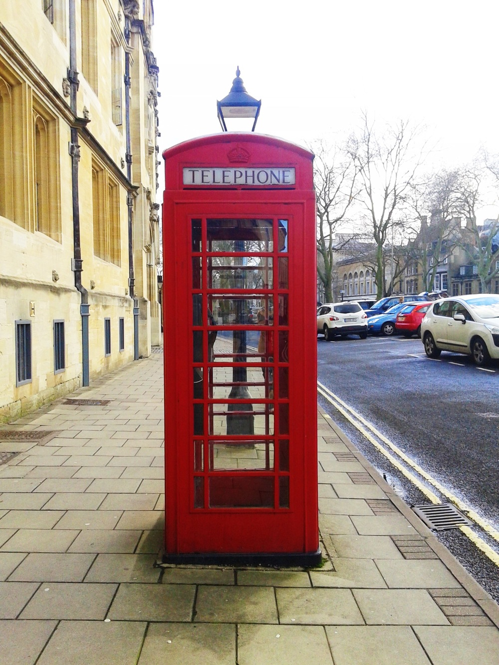Because you haven't been to the UK if you don't take a picture or pose by a telephone booth! LOOLL!!