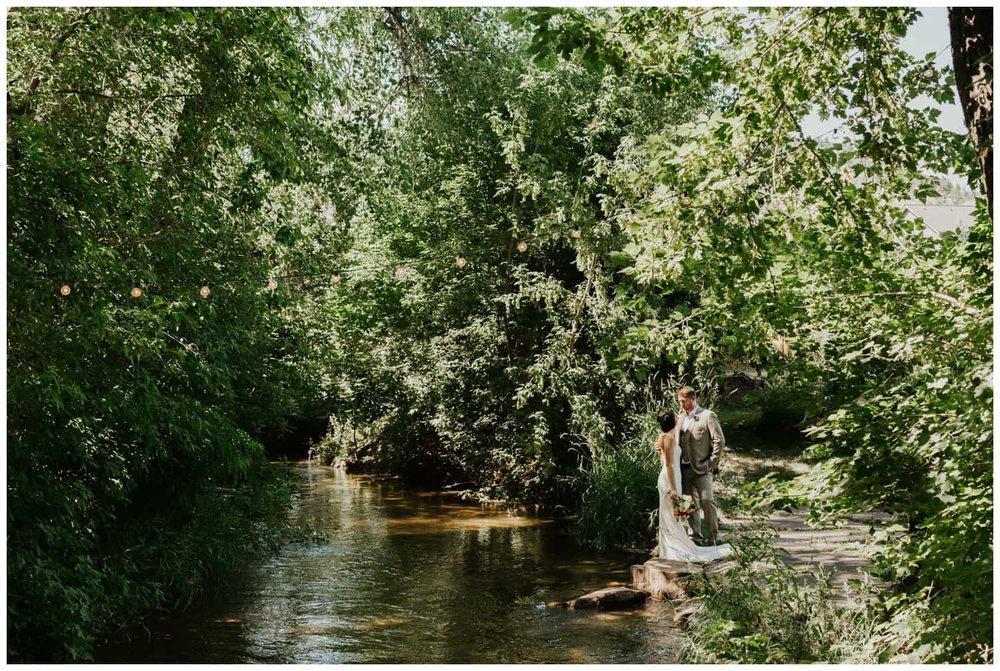 FelicityJeff-LyonsFarmette-Wedding_0021.jpg