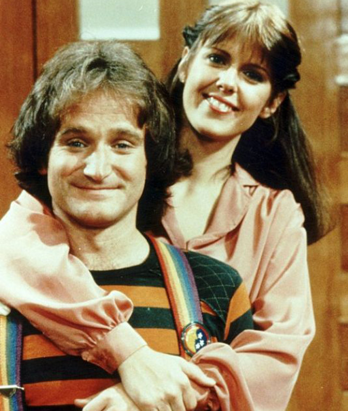 Williams with Pam Dawber on Mork & Mindy (Image © Paramount Television).