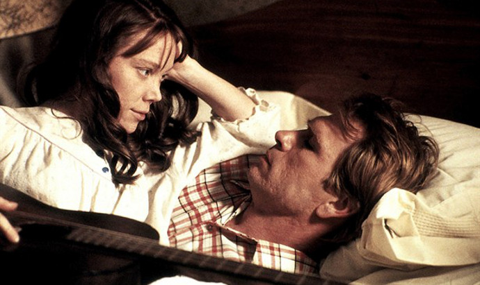 Sissy Spacek and Tommy Lee Jones in Coal Miner's Daughter (Image © Universal Pictures).