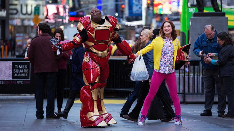 Tituss Burgess and Ellie Kemper in Unbreakable Kimmy Schmidt (Image © Netflix).