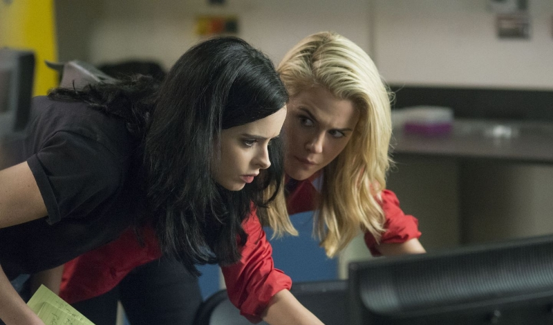 Krysten Ritter and Rachael Taylor in  Jessica Jones  (Image © Netflix).