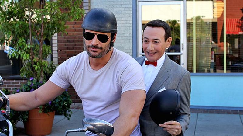 Joe Manganiello and Paul Reubens (Image © Netflix).