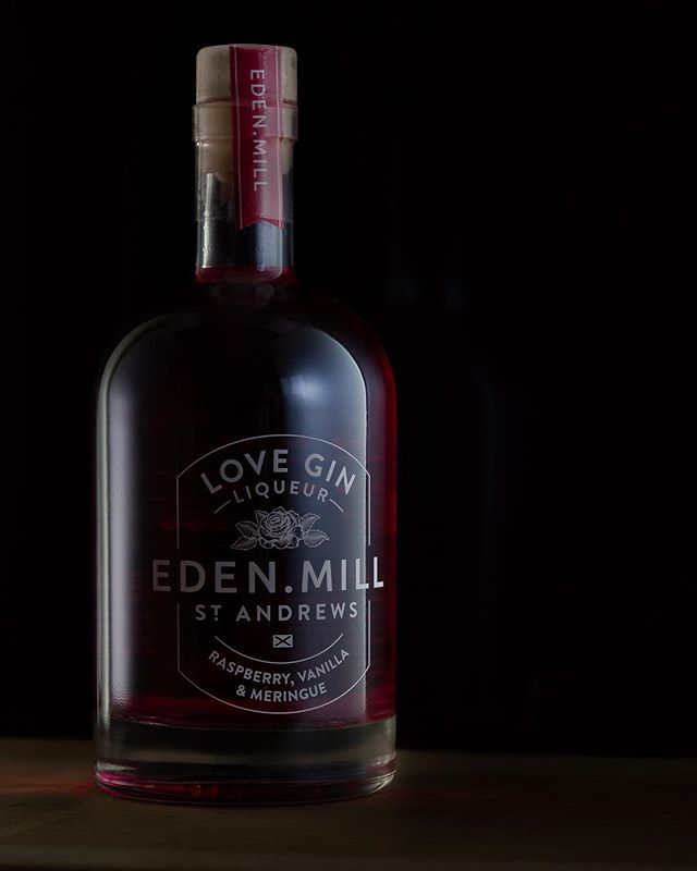 I really do love the screen print style of label on the @edenmill bottles, it really does make them a joy to photograph! || PORTFOLIO LINK IN BIO || . . . . .  #product #moderndesign #concept #designing #designs #interiorarchitecture #designers #prototype #instadesign #liveauthentic #foodbeast #eeeeeats #eatfamous #feedfeed #dailyfoodfeed #onthetable #lifeandthyme #f52grams #tastingtable #huffposttaste #igersedinburgh #photosofbritain #thisisedinburgh #scotspirit #ig_scot #canonphotos #canoneos #canonrebel #canonphotographer #focalmarked