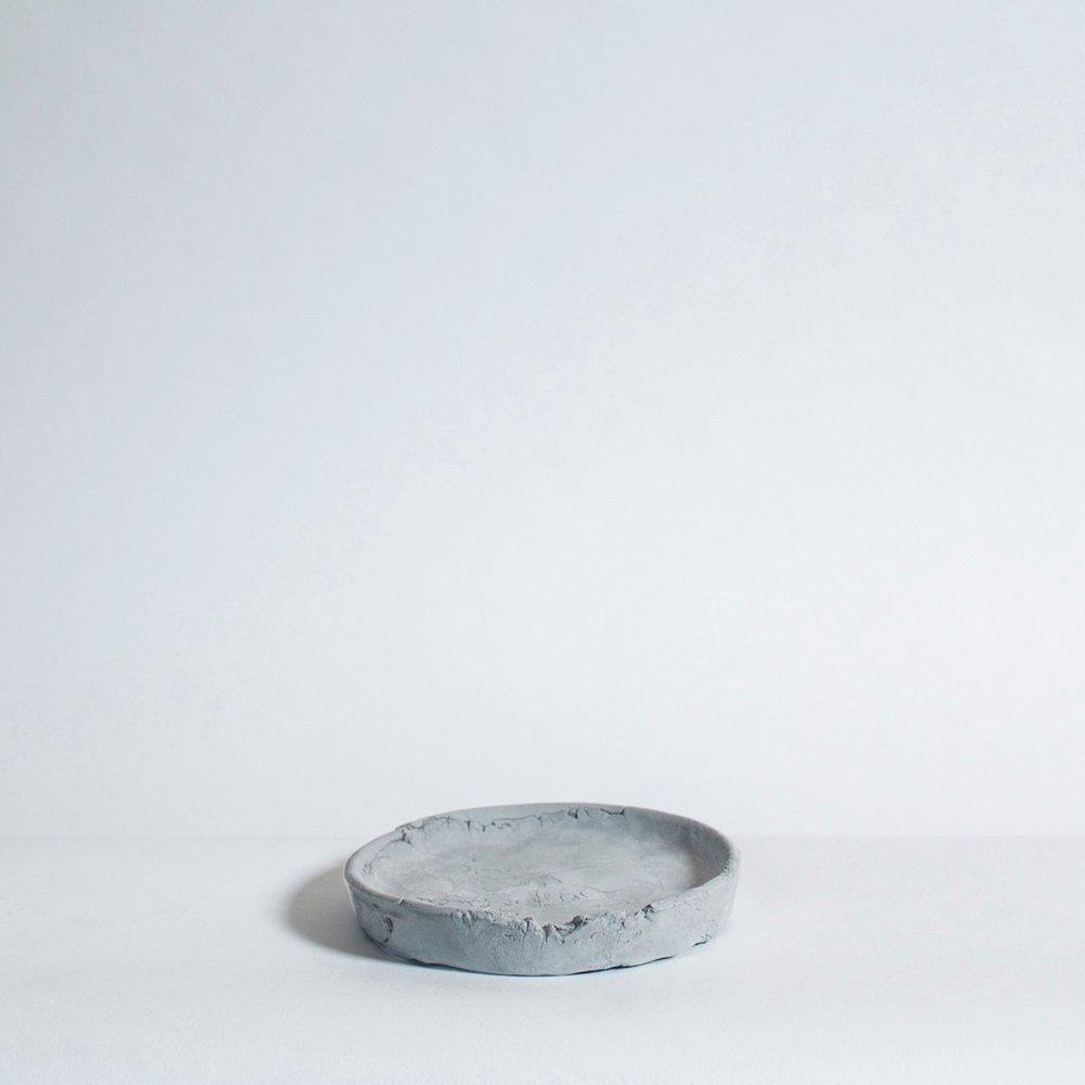 Grey_Plate.jpg