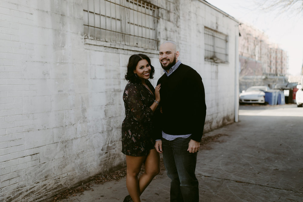Downtown_Noda_Charlotte_Engagement_Session_11.jpg