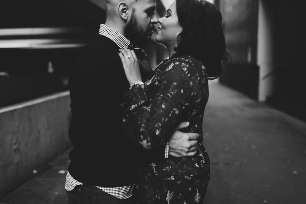 Downtown_Noda_Charlotte_Engagement_Session_22.jpg