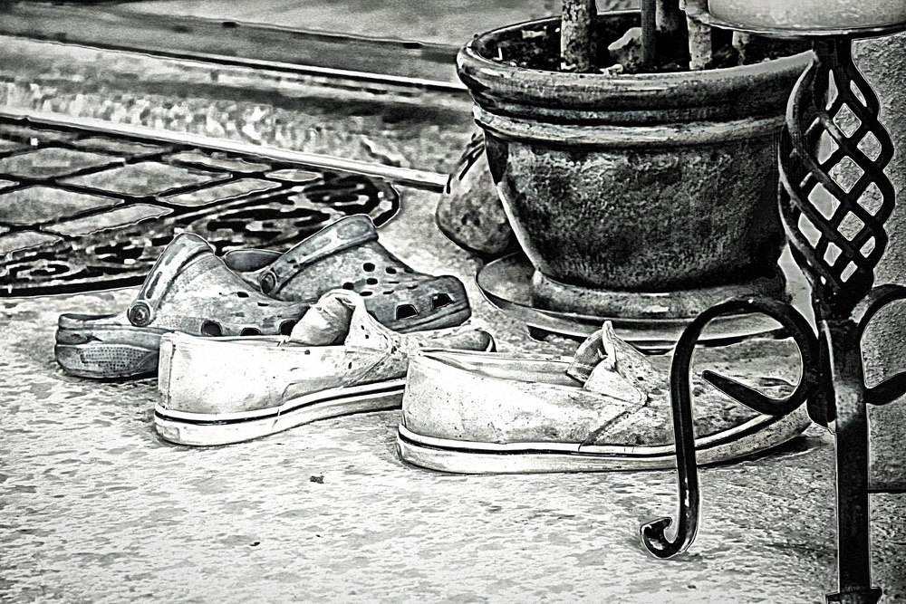 Dirty Old Shoes  B102
