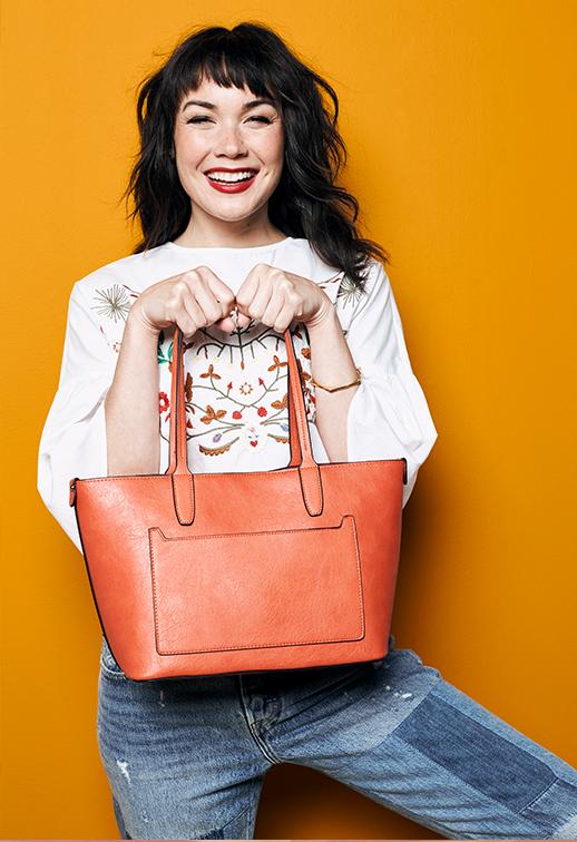 tjmaxx_portfolio_fall-handbag.png