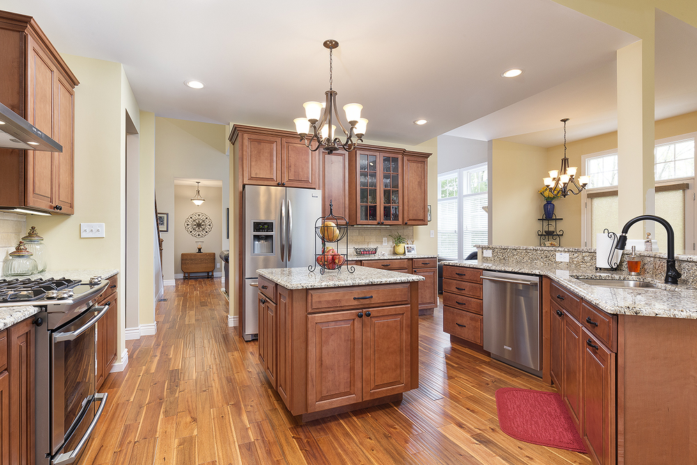 Portfolio-Missouri+Home+Tours-St+Louis+Real+Estate+Marketing+Photographer-Kitchen-Ballwin+MO-Flash+Photo-Jason+Lusk-Real+Estate-HomeStaging-MLS+Listing+Images.jpg